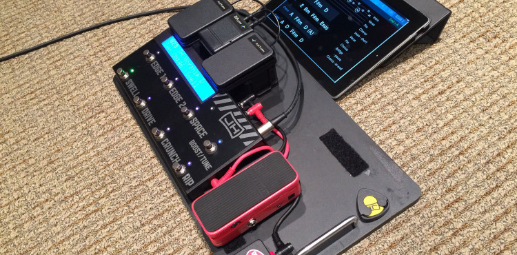 Hotone Soul Press on pedal baord used as expression pedal for Axe Fx